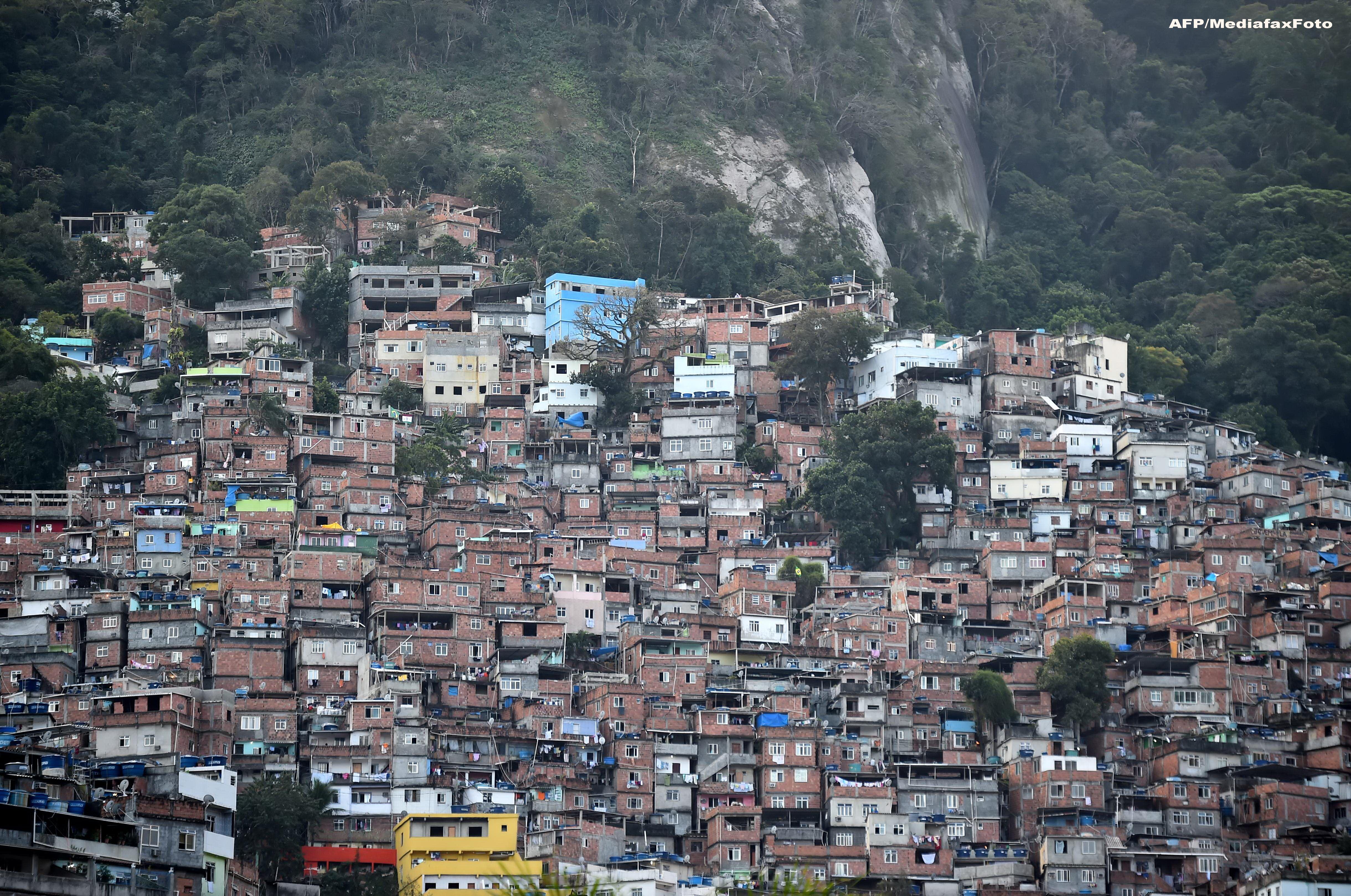 BRAZILIA 2014. Chipul sarac al mahalalelor din Sao Paolo, metropola care lanseaza Campionatul Mondial de Fotbal