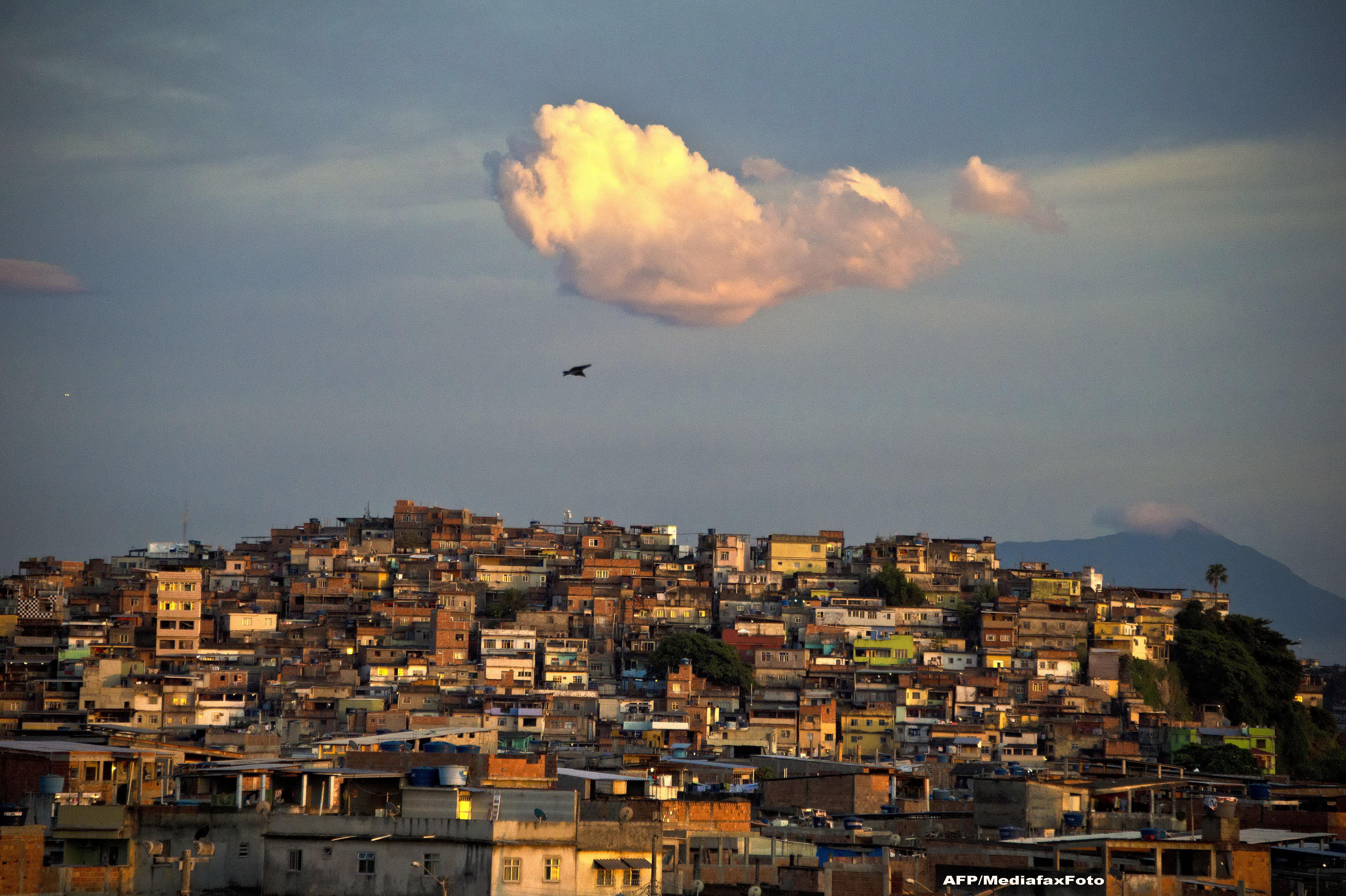 O turistă, ucisă din greșeală de poliție, în timp ce vizita o favelă în Rio de Janeiro