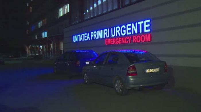 Incident grav in Dambovita. Patru eleve de clasa a opta au ajuns la spital, dupa ce ar fi consumat alcool la bal