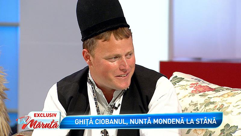 Ghita Ciobanul, nunta mondena la stana. Masina in care si-a facut aparitia