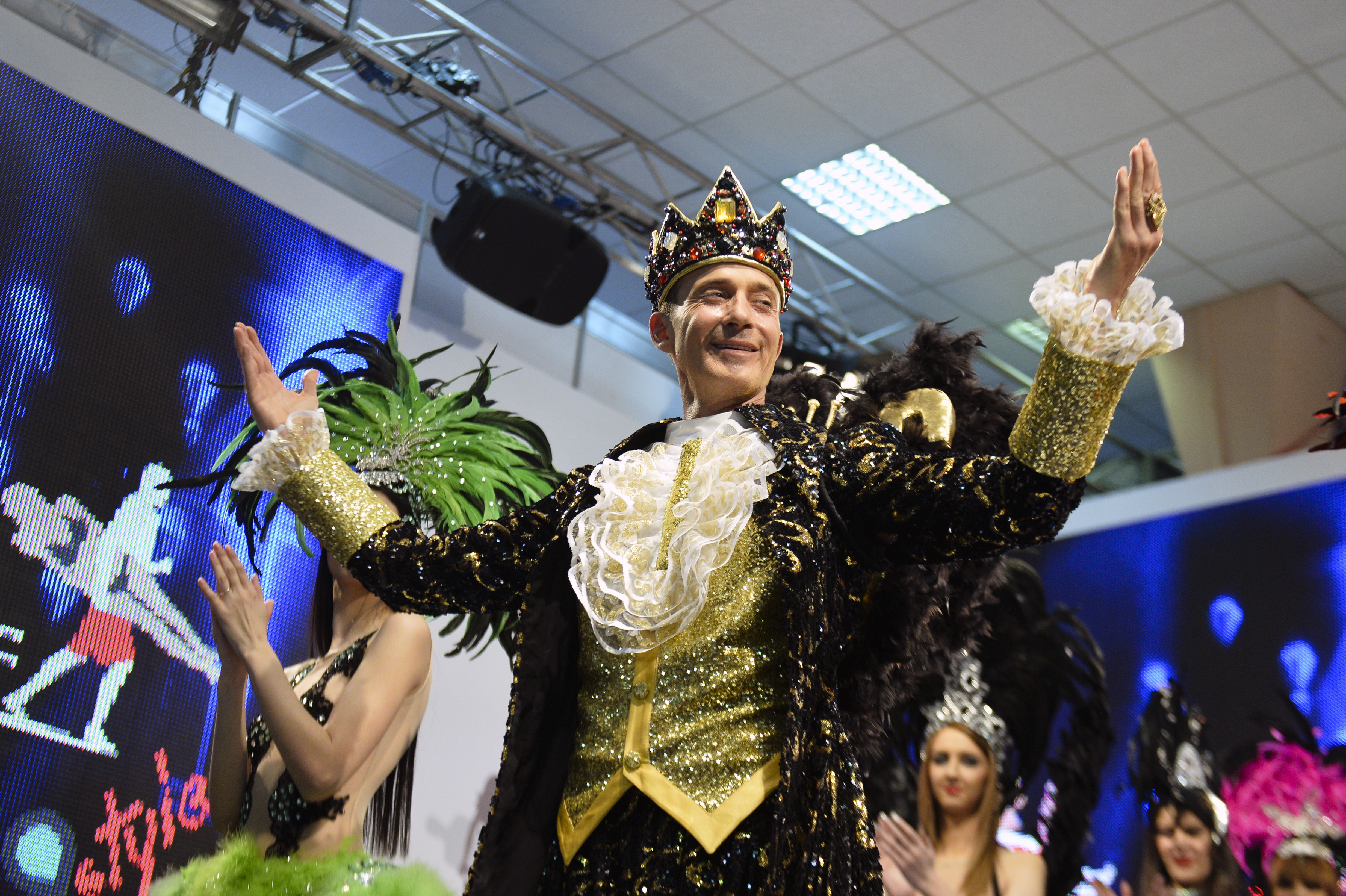 Carnaval cum nu s-a mai vazut, la Mamaia. Radu Mazare cauta