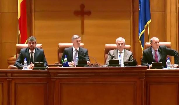 344 de parlamentari ii cer oficial demisia lui Traian Basescu. Ce partide l-au sustinut pe presedintele Romaniei