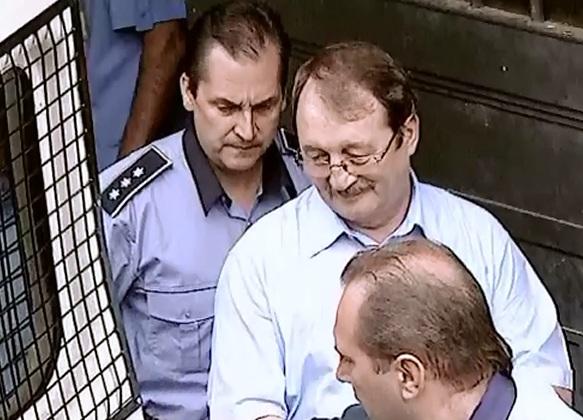 Masura controlului judiciar NU se modifica pentru Mircea Basescu. Judecatorii au respins solicitarea procurorilor DNA