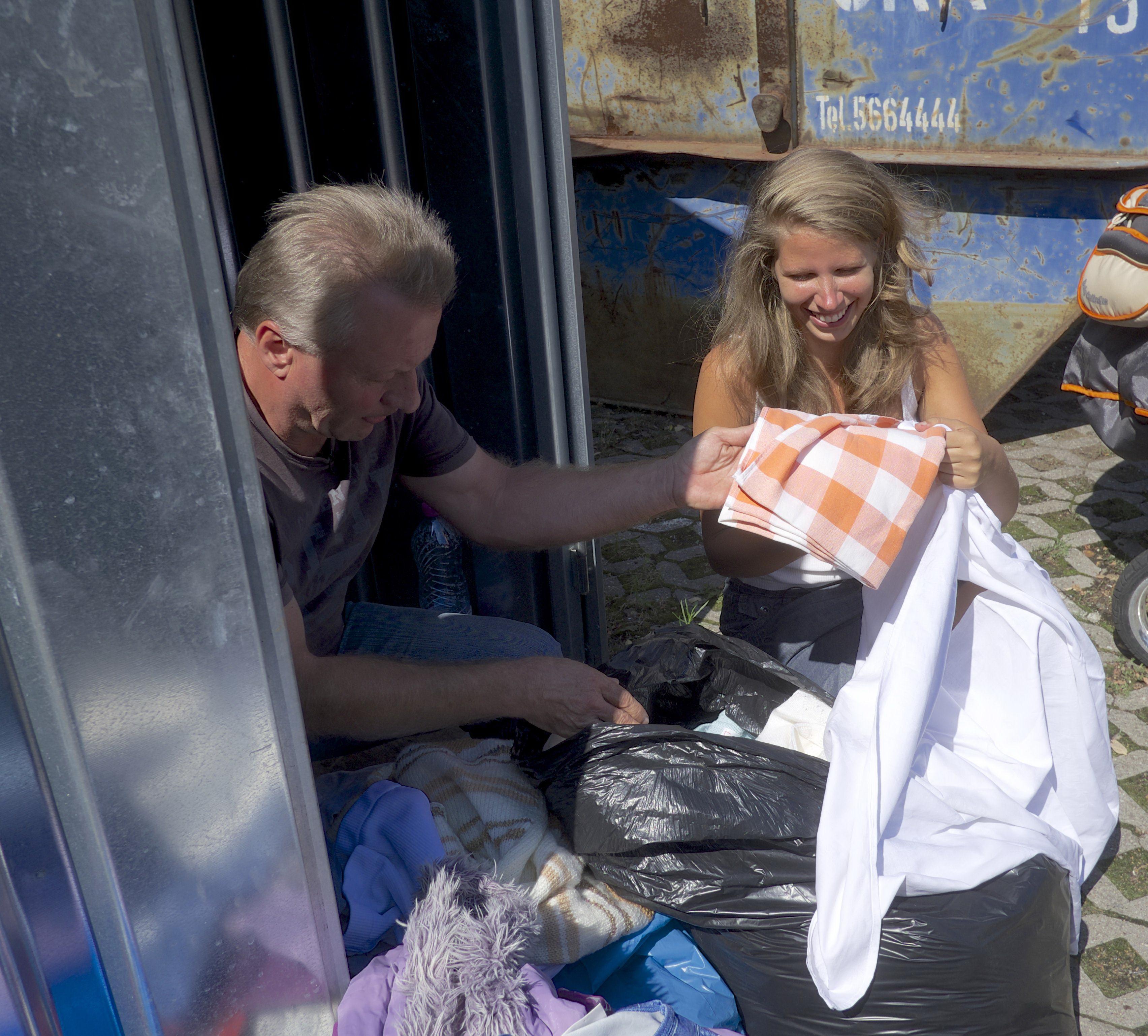 EXPERIMENT SOCIAL. O femeie din Germania a trait timp de un an fara bani.