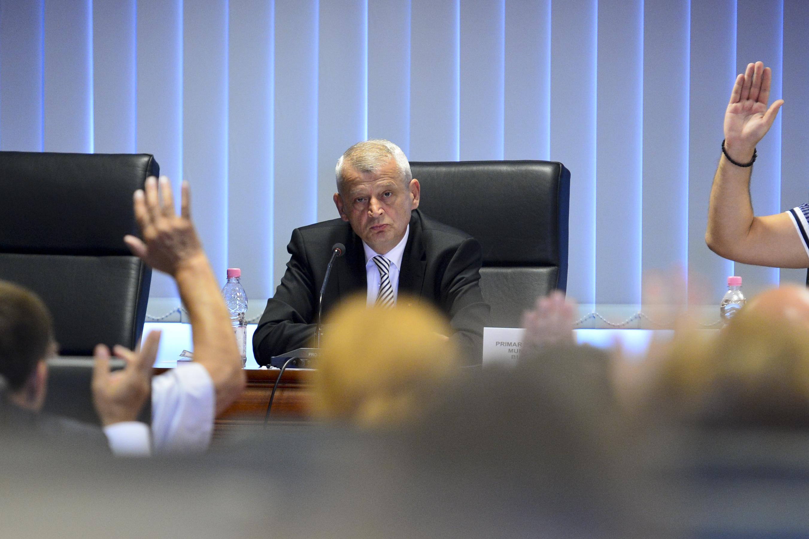 PNL si PDL au scos PSD de la conducerea Consiliului General al Capitalei. Prima mare lovitura data de noua alianta