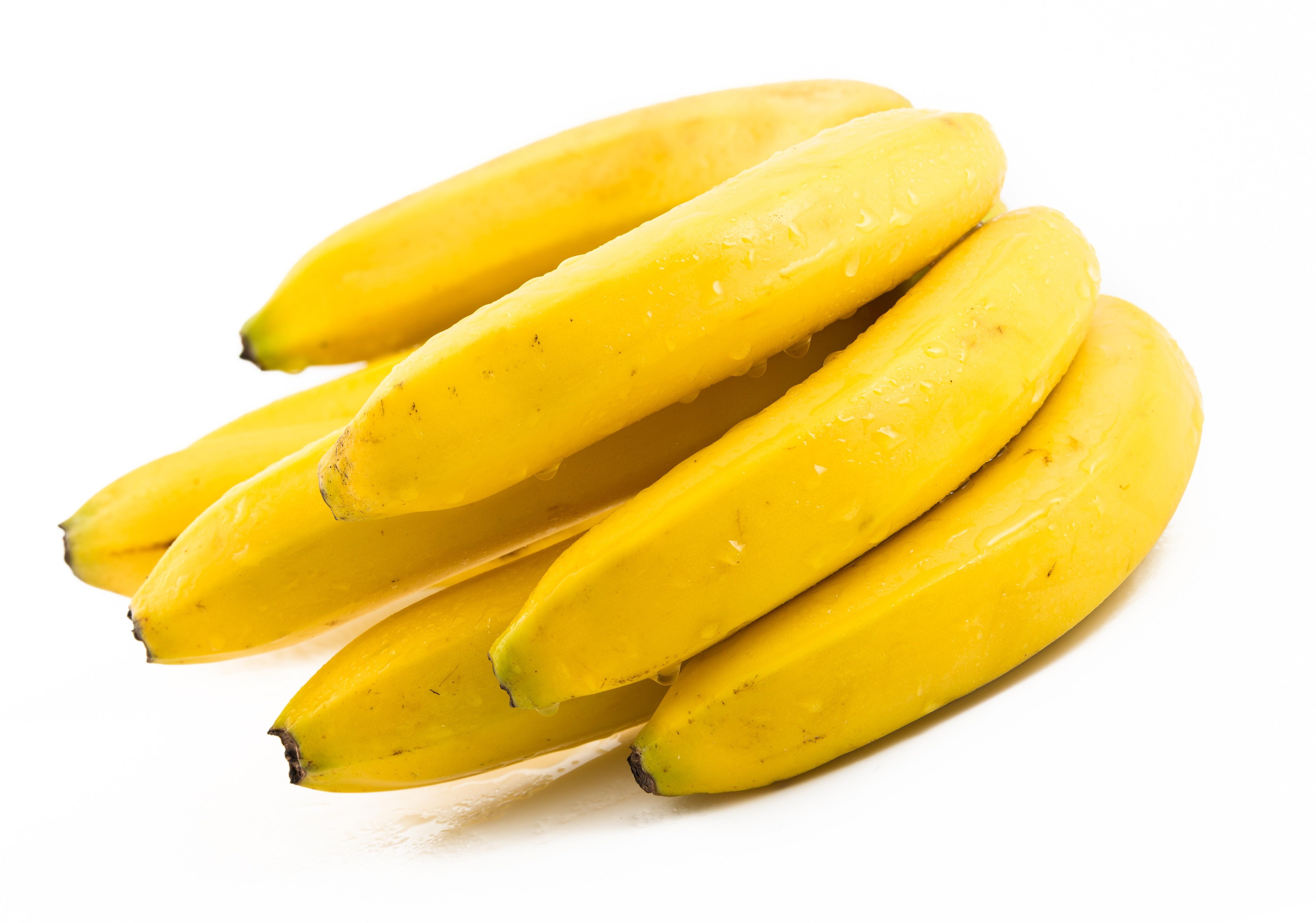 Cum sa iti albesti dintii folosind coaja de banana, in doar 14 zile. Metoda care a devenit un trend pe internet