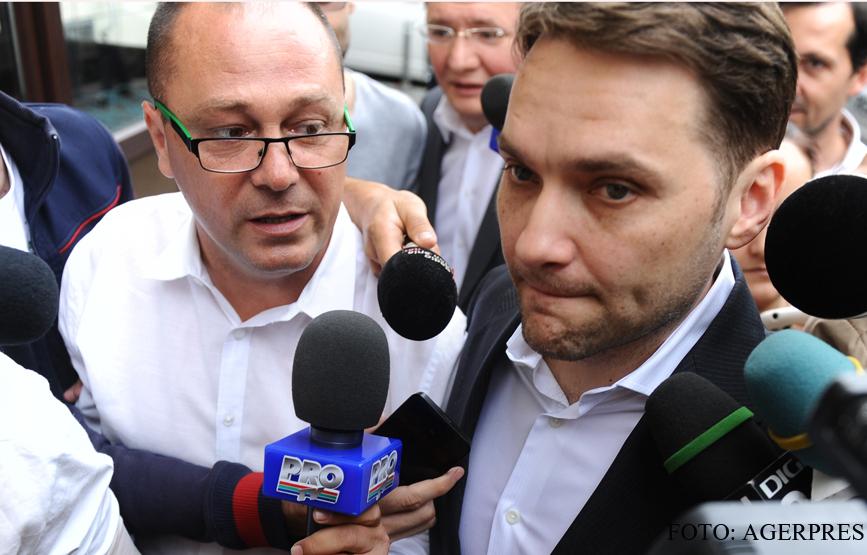 Dan Sova ramane sub control judiciar. Senatorul are interdictia de a se apropia sau a vorbi cu Victor Ponta