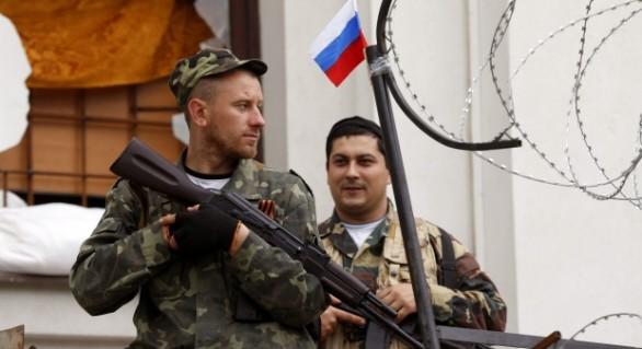 Kiev: In Donbas lupta 42.000 de rebeli si rusi, cu 500 de tancuri, echivalentul fortelor armate ale unei tari europene medii