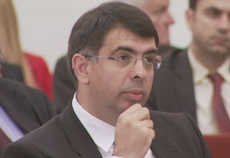 PSD ar intentiona sa renunte la Ministerul Justitiei si cere demisia lui Robert Cazanciuc. Cine l-ar putea inlocui
