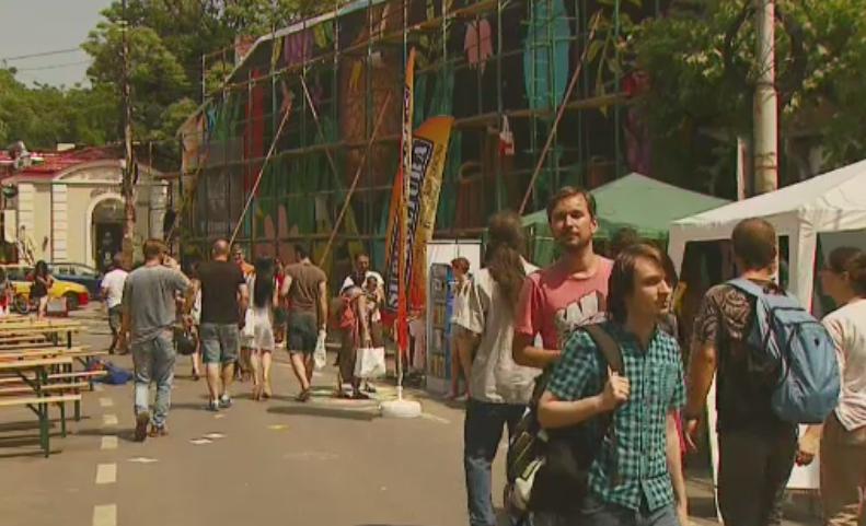 Vineri se da startul Festivalului Street Delivery. In ce orase circulatia va fi restrictionata