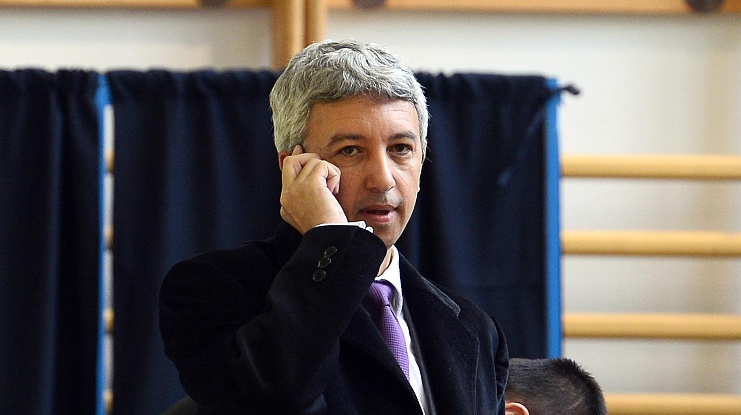 Dan Diaconescu avea un telefon