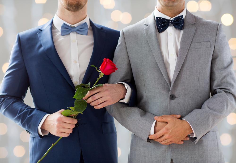 Căsătoriile și parteneriatele între persoane de acelaşi sex ar trebui recunoscute în întreaga UE. România riscă sancțiuni