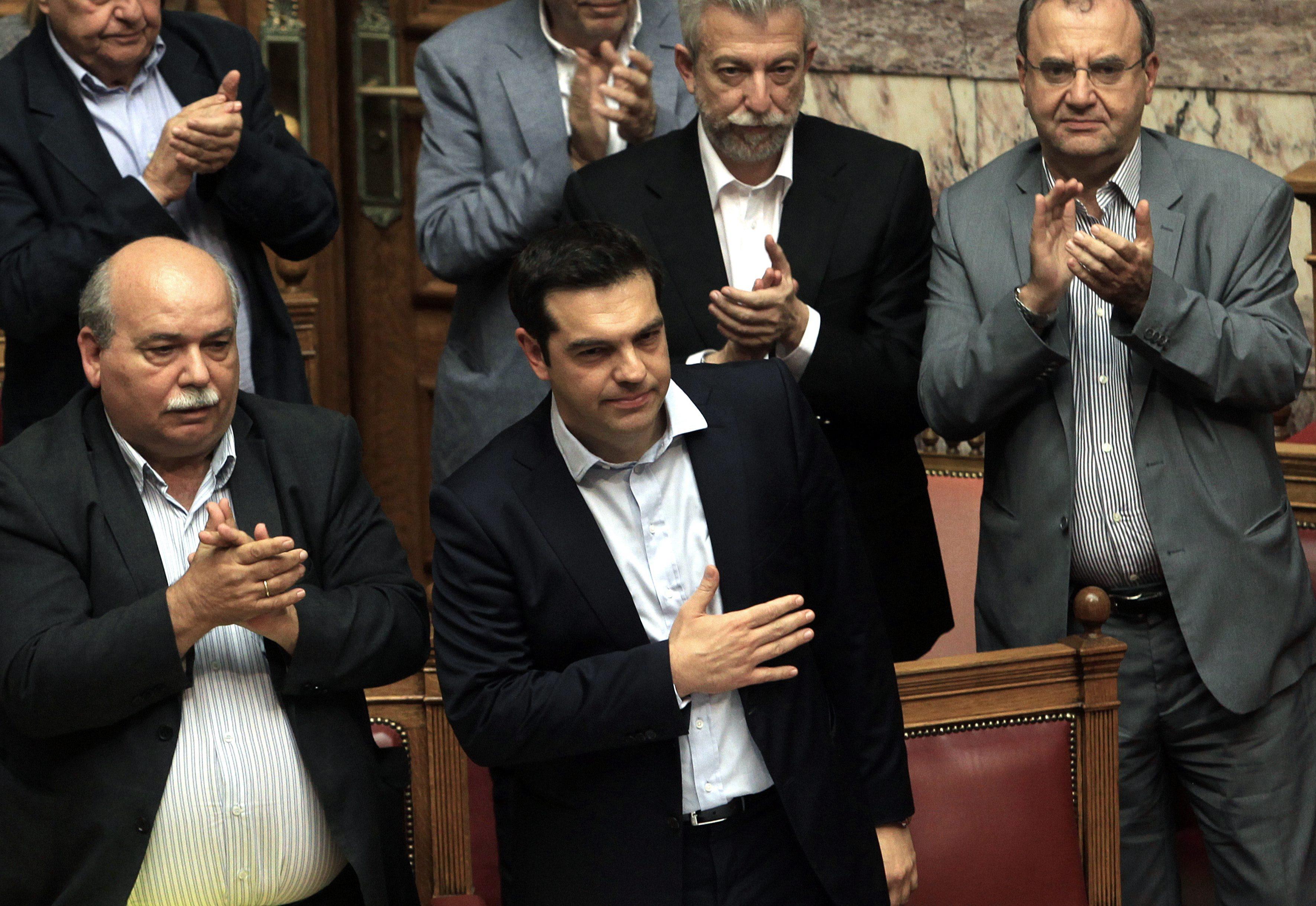 Premierul Alexis Tsipras a confirmat inchiderea temporara a bancilor din Grecia. Ce se intampla cu depozitele oamenilor