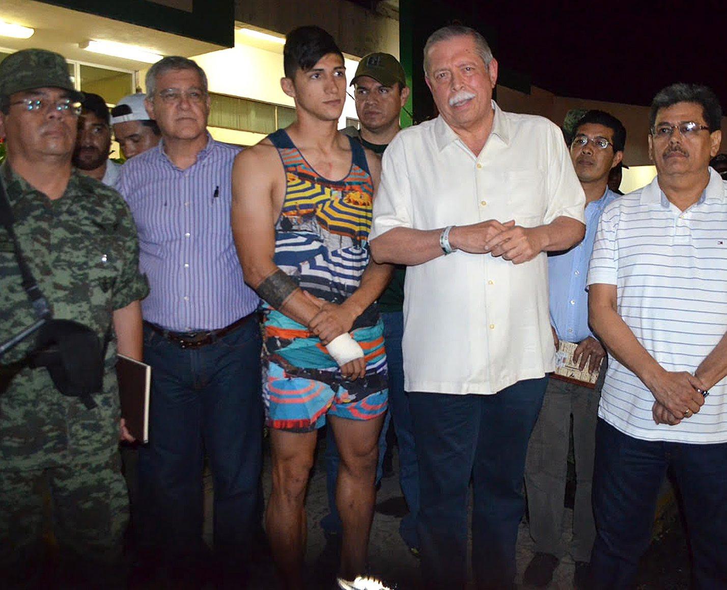 Un membru al familiei a aranjat rapirea lui Alan Pulido. Fotbalistul, eliberat dupa ce i-a furat mobilul unui agresor