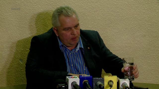 Nicusor Constantinescu, amendat cu 4.000 de lei pentru ca a facut scandal in sala de judecata. De ce au fost chemati medicii