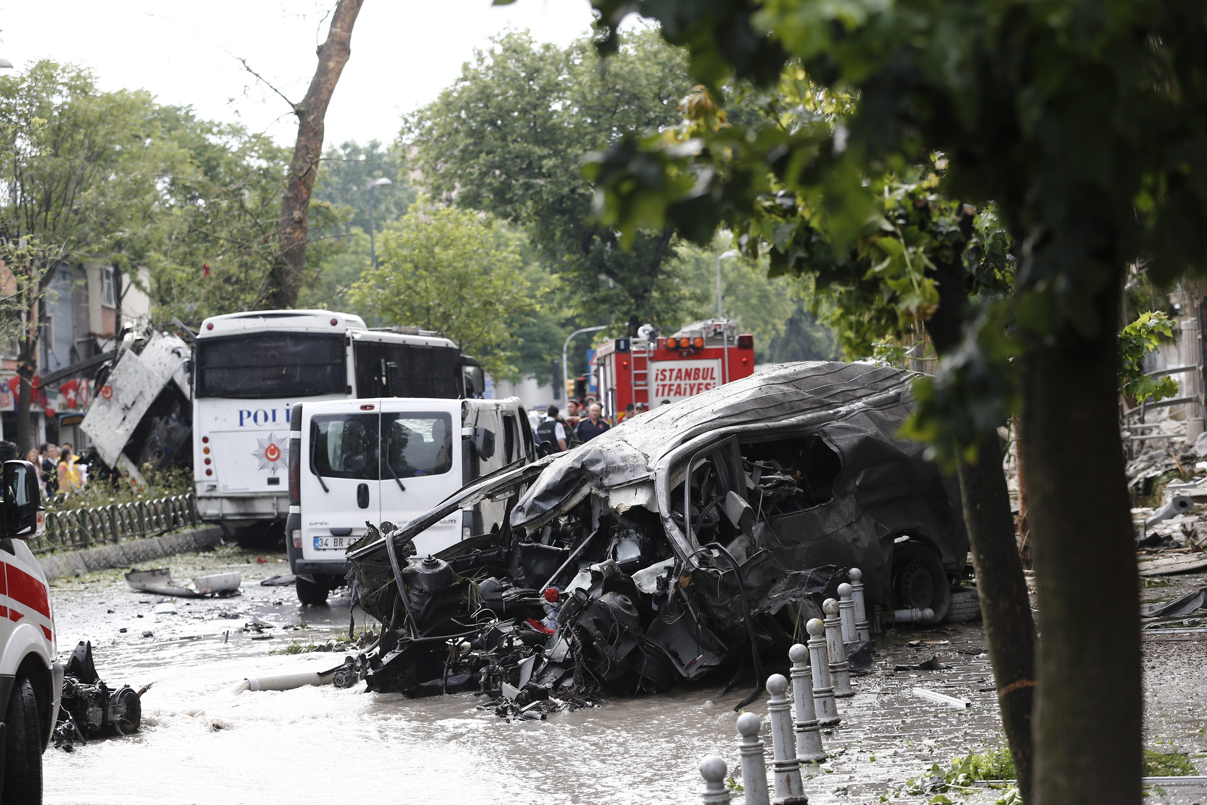 Turcia, zguduita de 8 atentate teroriste in ultimele luni. Peste 200 de persoane au fost ucise in atacuri