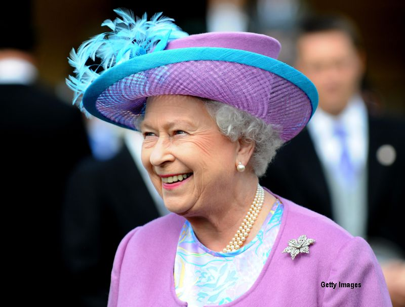 Regina Elisabeta a II-a a Marii Britanii a primit o
