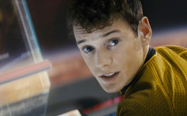Tragedie la Hollywood. Actorul Anton Yelchin, cunoscut din serialul Star Trek, a murit intr-un groaznic accident de masina