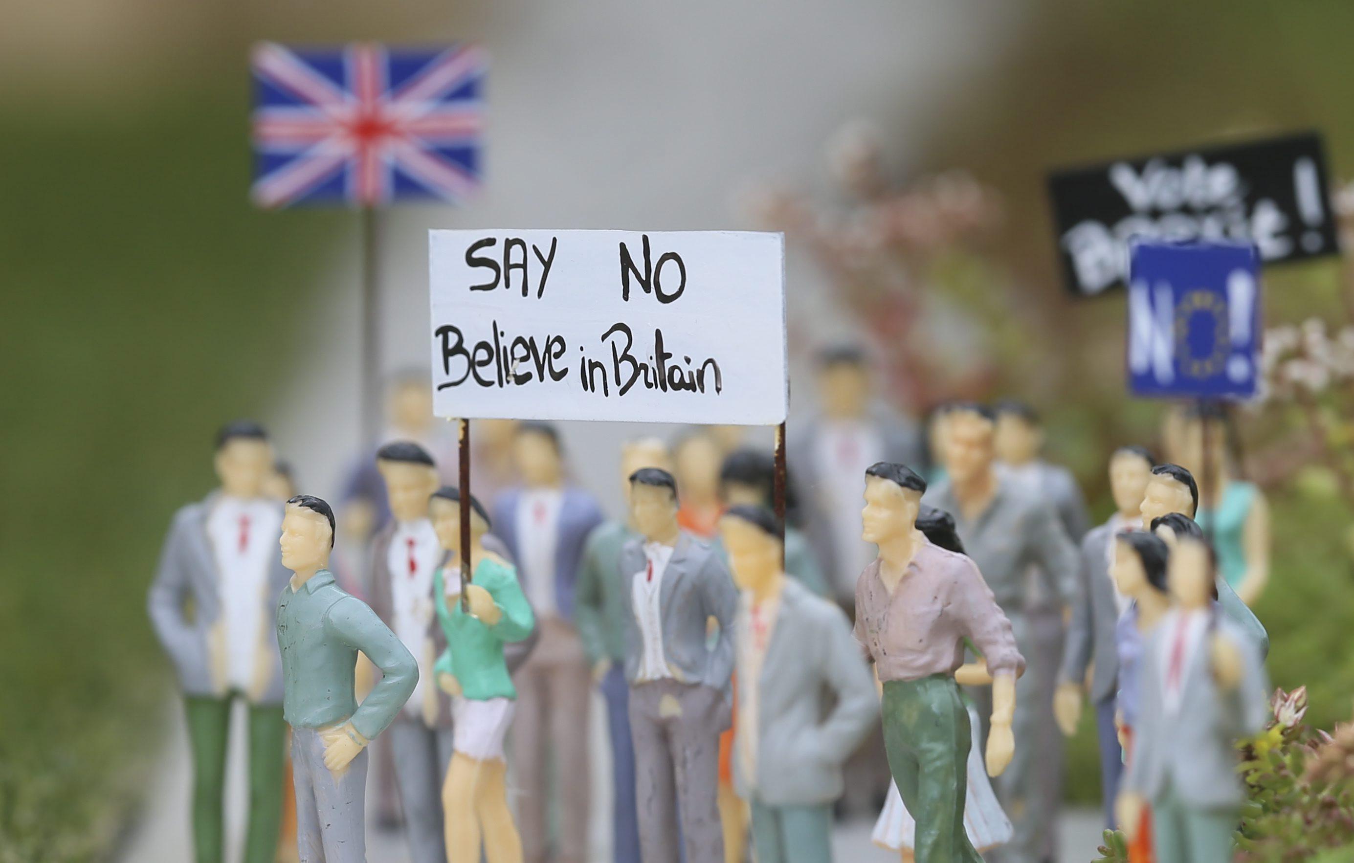 Tabara pro-UE pierde din avans in sondaje. Mesajul lui David Cameron cu 2 zile inainte de referendum: