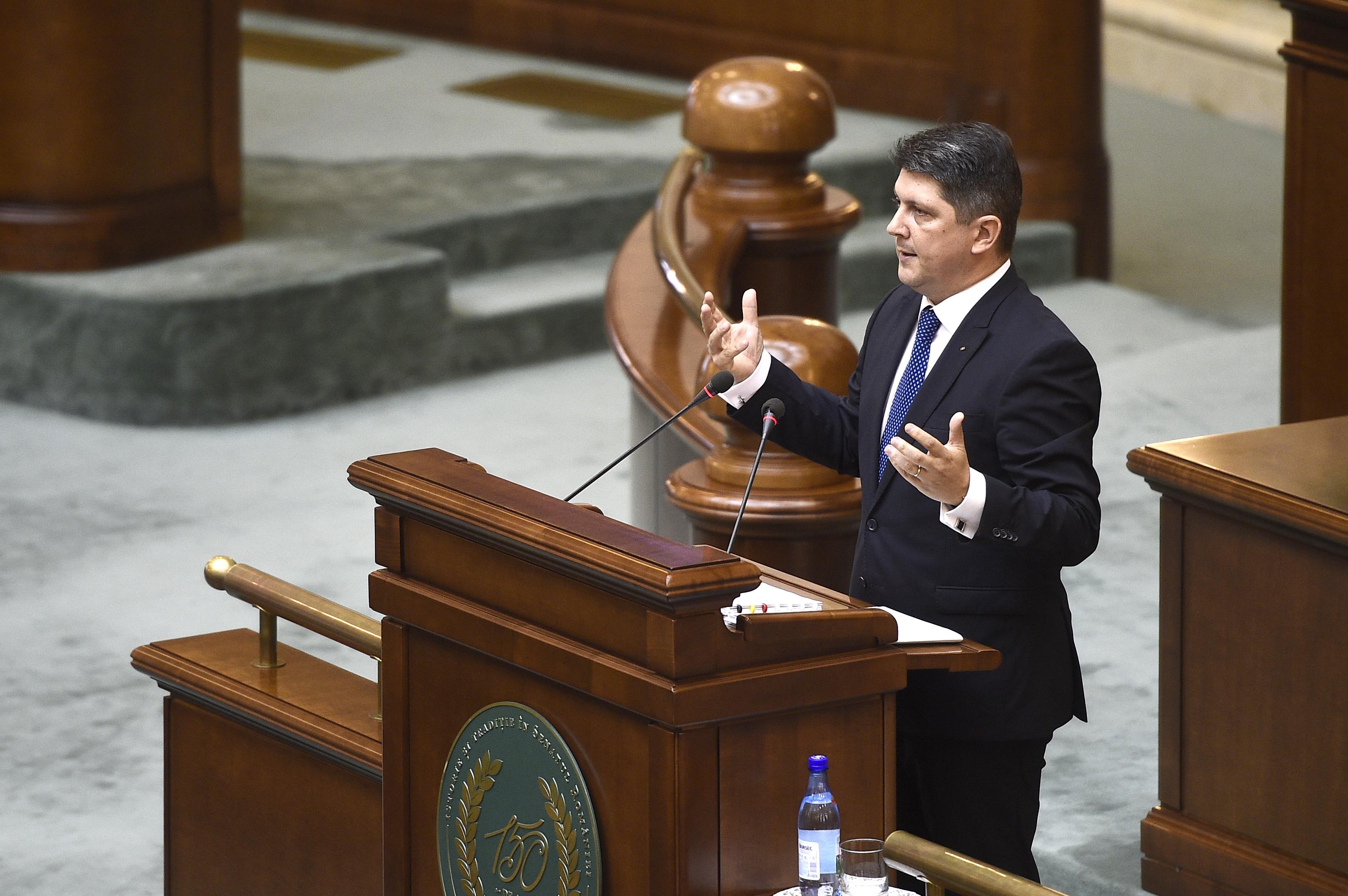Senatul a respins cererea DNA de urmarire penala a lui Titus Corlatean in dosarul Diaspora. Reactia lui Iohannis
