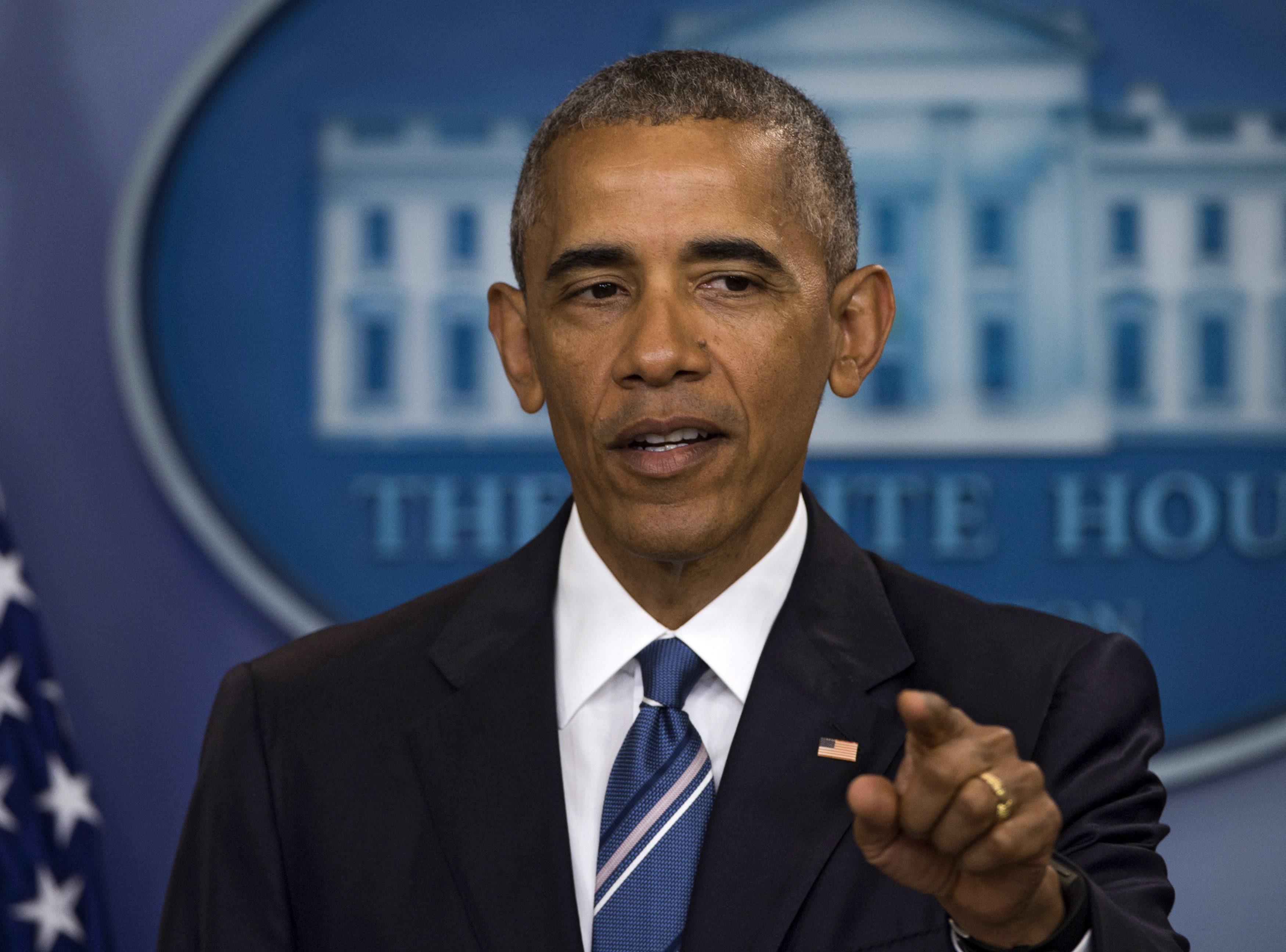 Lunetistul care a ucis 5 politisti in SUA era un fost soldat. Obama si-a scurtat vizita in Europa pentru a merge in Dallas