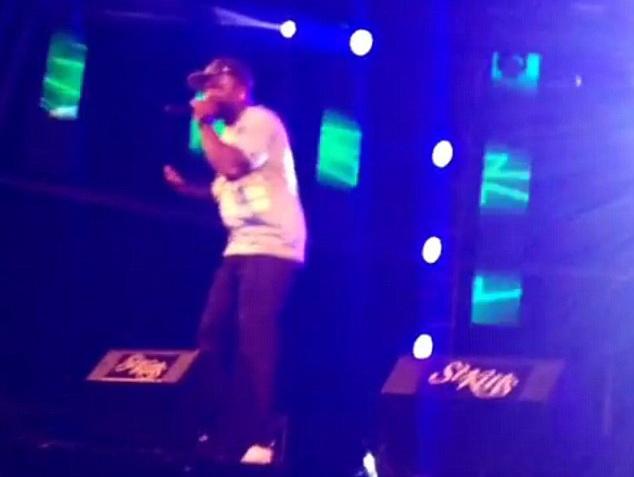 Rapperul 50 Cent, arestat pe insula Saint Kitts, in timpul unui concert. Ce a facut artistul pe scena