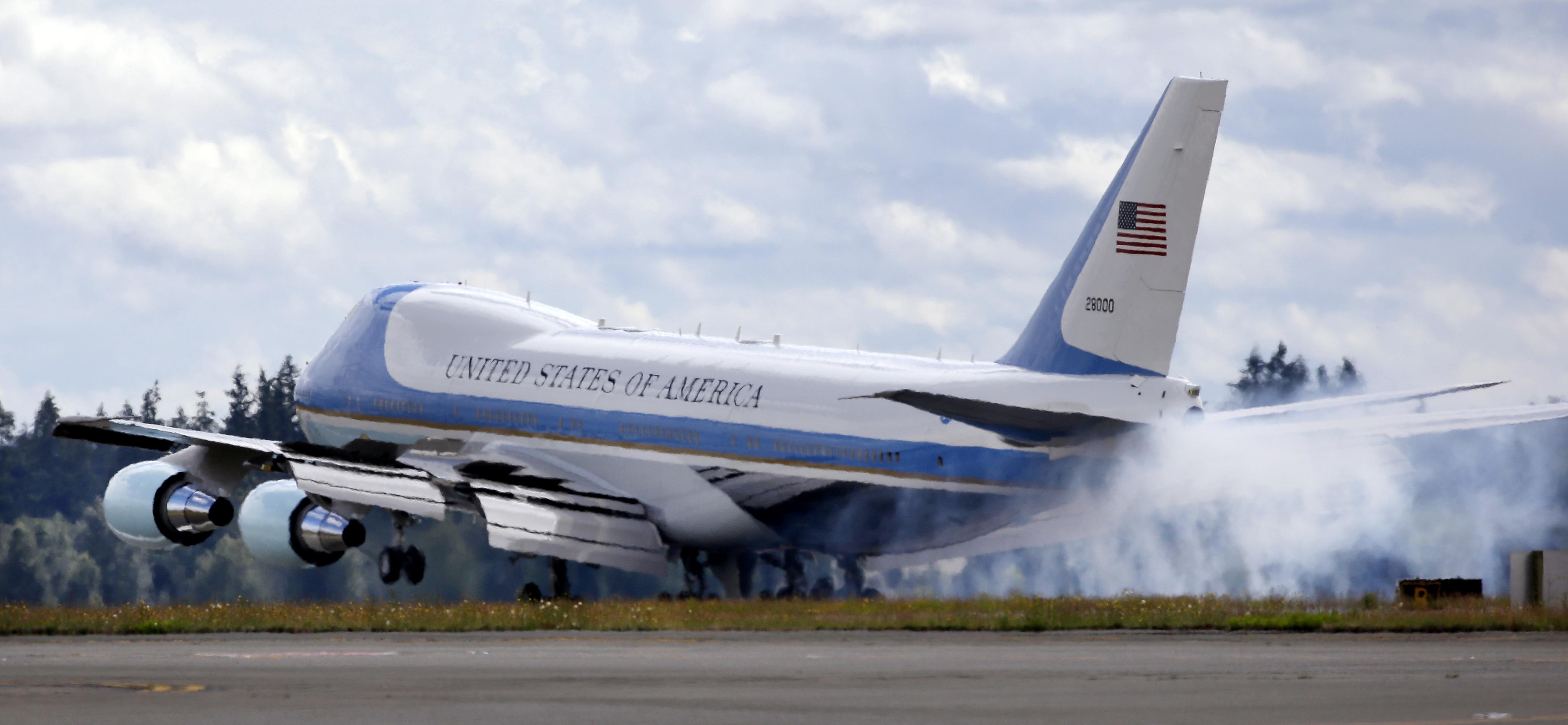 Alerta de la baza aeriana Andrews a fost ridicata. NU a fost gasit niciun atacator