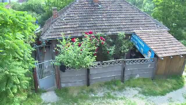 O familie din Oradea risca sa ajunga in strada, deoarece casa lor va fi demolata: