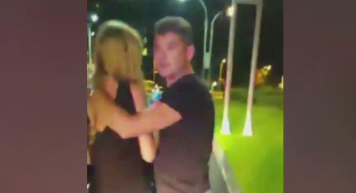 Filmul intreg al scandalului dintre Cristian Boureanu si politisti. Fostul deputat pare ca isi bruscheaza iubita. VIDEO