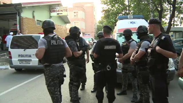 40 de rromi din clanul Pistol au provocat scandal la Spitalul din Buzau. Motivul pentru care au agresat cadrele medicale