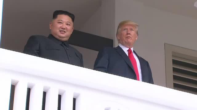 """O prezentatoare de știri de la Fox News l-a numit """"dictator"""" pe Trump, în direct. VIDEO"""