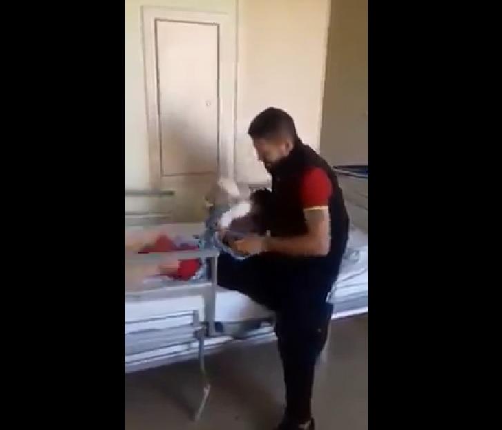 Un copil a rămas orb, în urma unui atac aerian, în Siria: