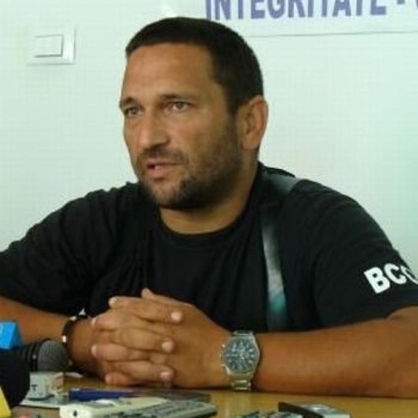 Polițistul Berbeceanu îl ironizează pe Dragnea și tentativa de asasinare a liderului PSD