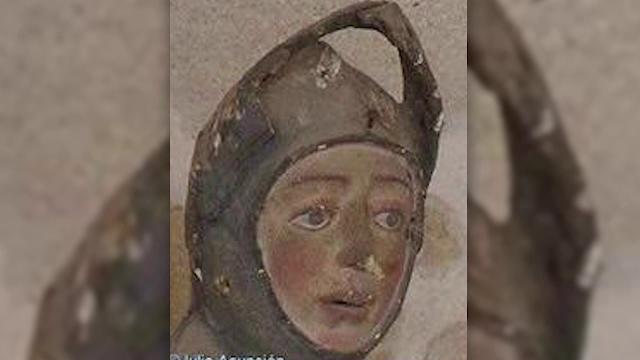 O profesoară de lucru manual a crezut că poate restaura o statuie istorică. Rezultatul, hilar