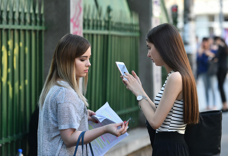SUBIECTE și BAREM FIZICĂ BAC 2018. Subiectele și Baremul de corectare la Bacalaureat 2018