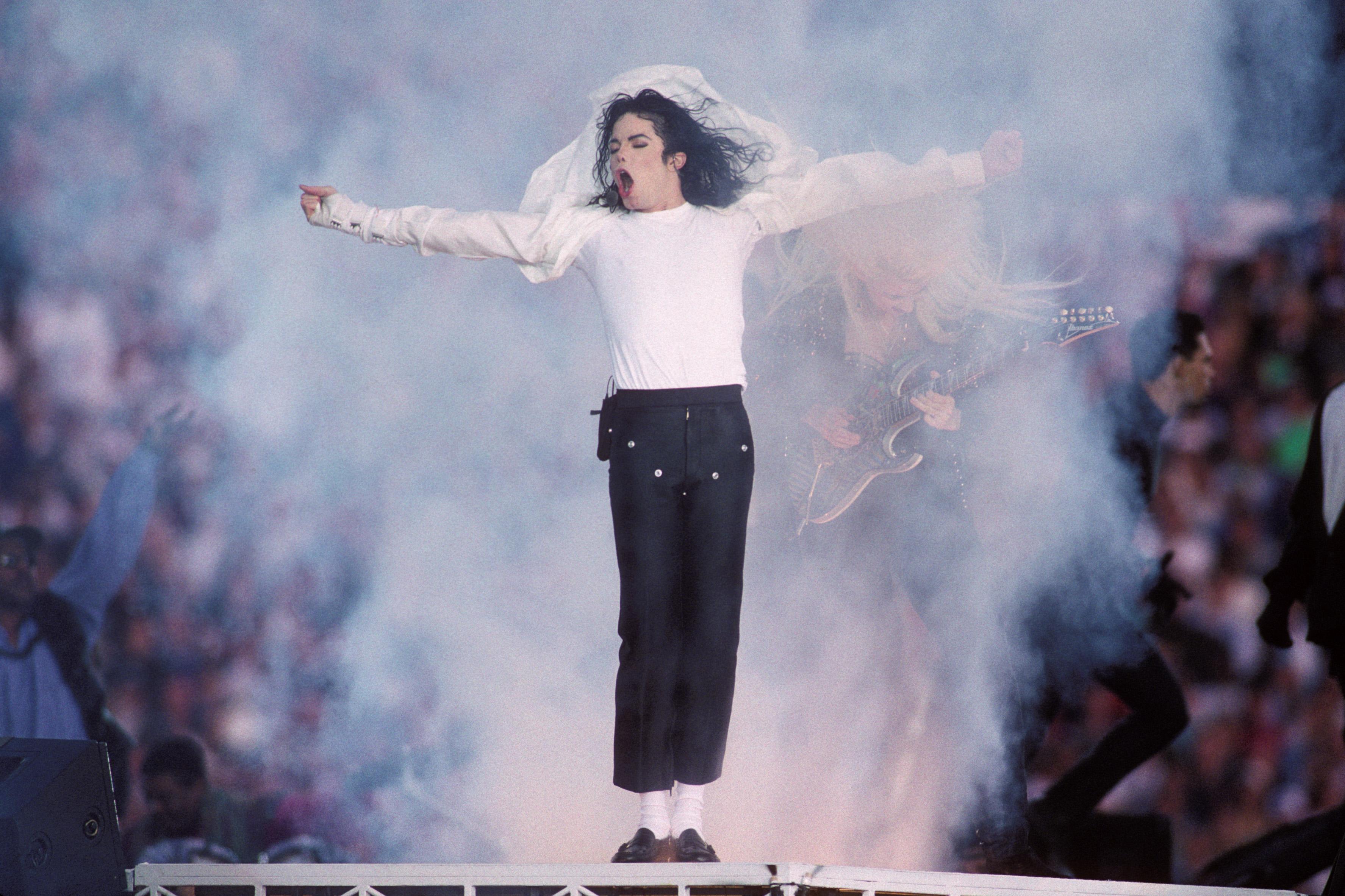 """Noul album al lui Drake, """"Scorpion"""", conține o piesă cu Michael Jackson"""