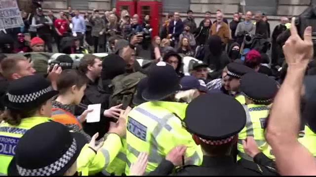 """Ciocniri între susținătorii și criticii lui Trump, la Londra: """"Carnaval al rezistenței"""""""