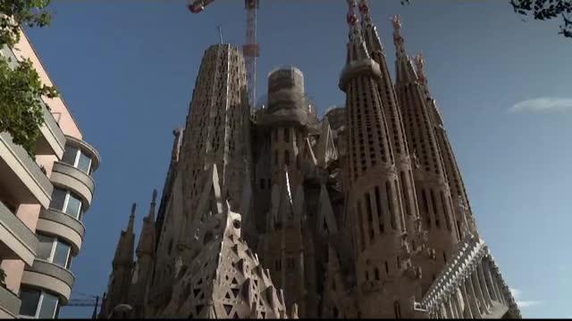 """""""Sagrada Familia"""" a obținut după 137 de ani autorizația de construire"""