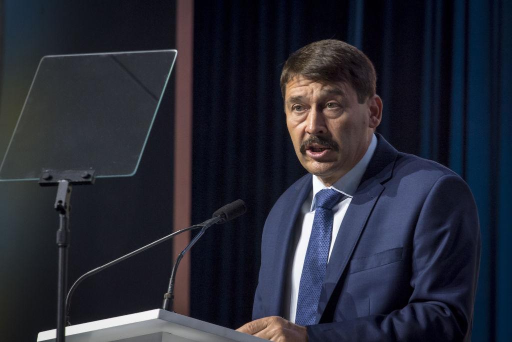 Președintele Ungariei compară anexarea Crimeei cu pierderea Transilvaniei de către Ungaria