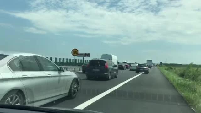 Blocat în trafic pe A2, Mihai Tudose i-a transmis un mesaj ministrului Transporturilor