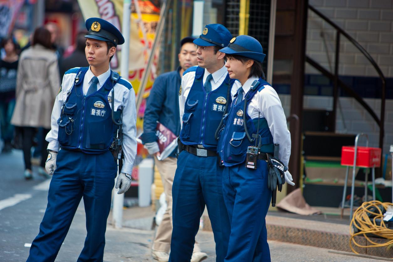 Polițist înjunghiat şi deposedat de armă în prefectura Osaka, unde urmează să aibă loc un summit G20