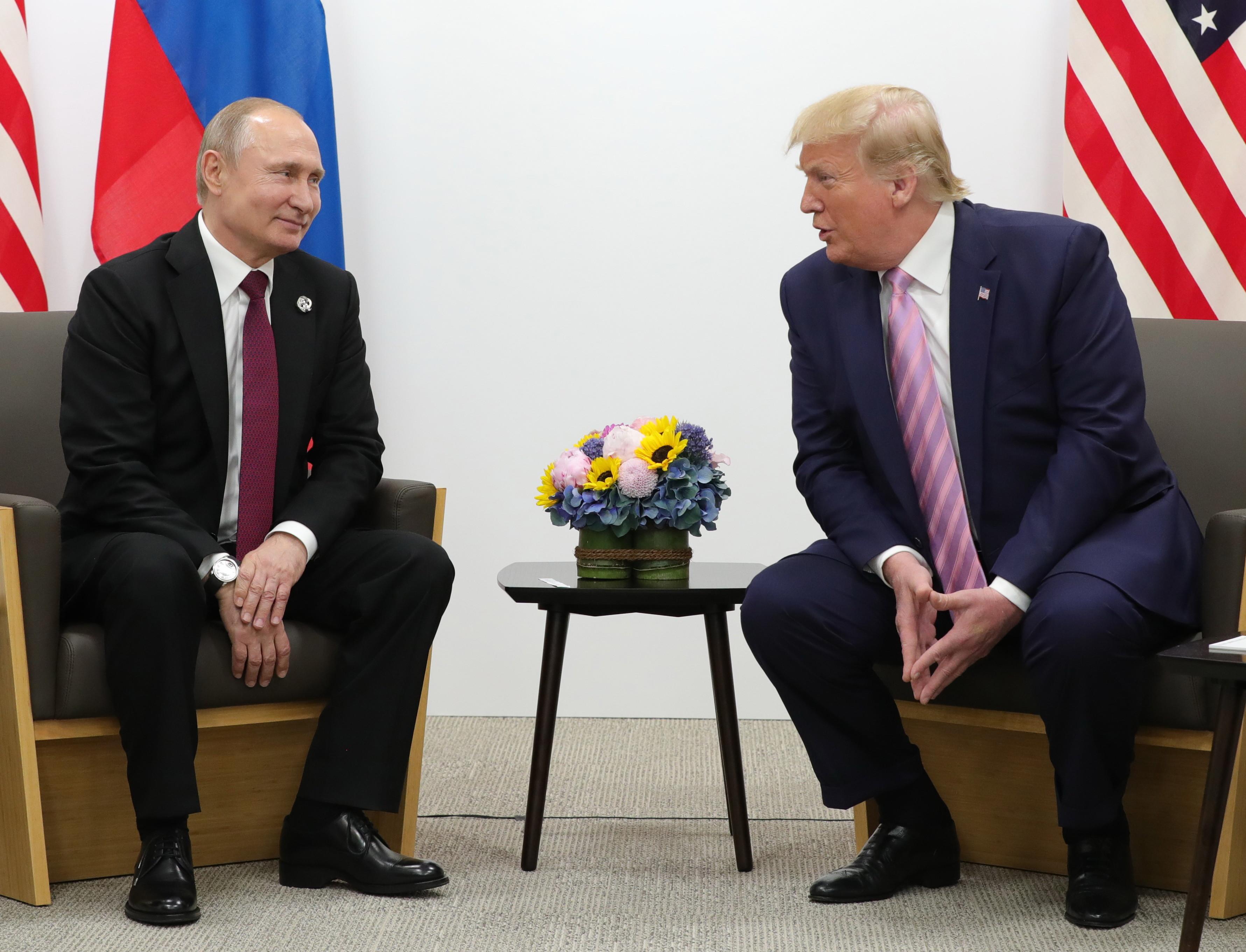 """Trump vrea reintegrarea Moscovei și revenirea la G8: """"Este mai important să fie Rusia"""""""