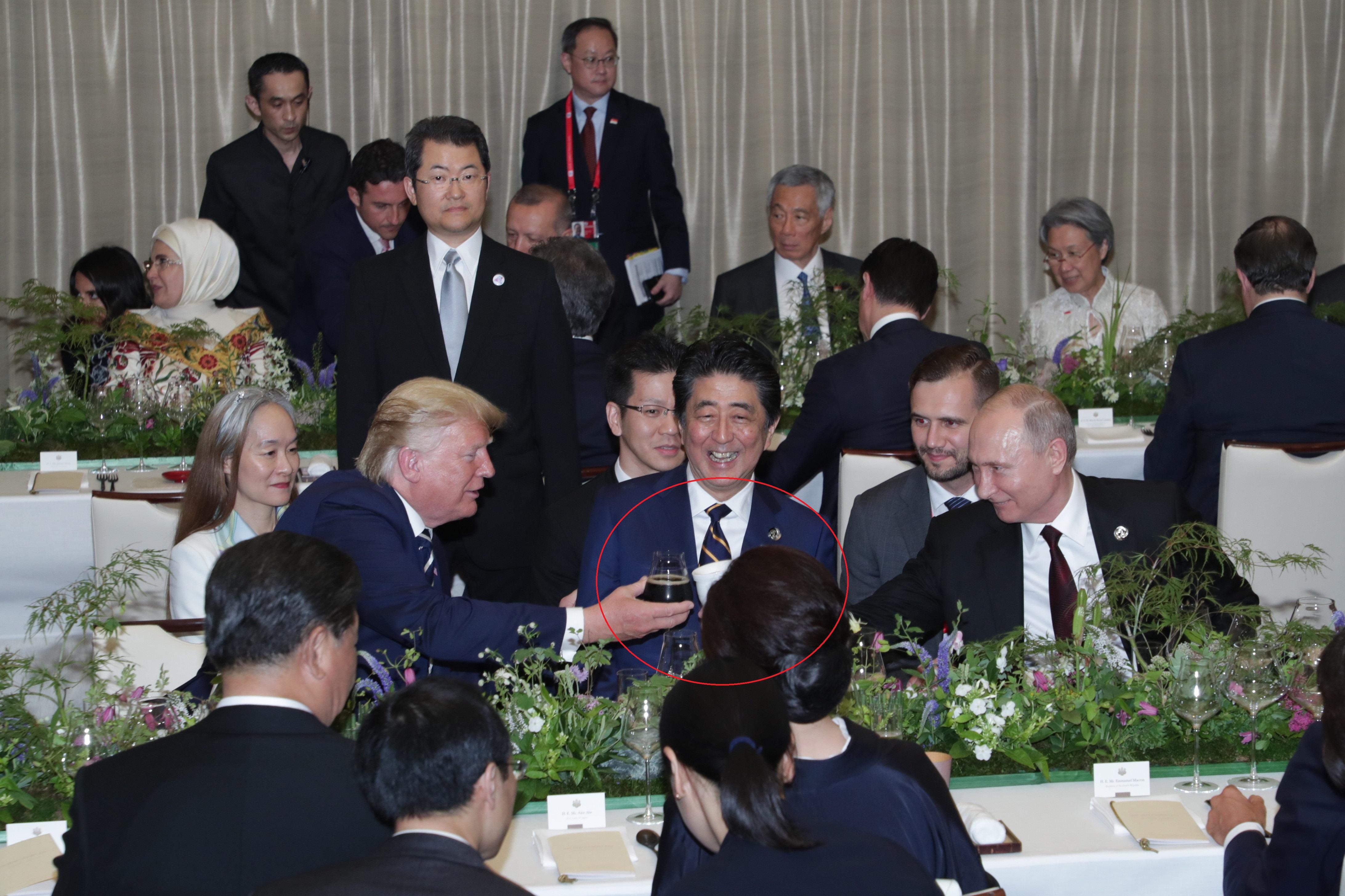 Summitul G20. Putin și-a adus cana termică de acasă, la dineul liderilor mondiali. VIDEO
