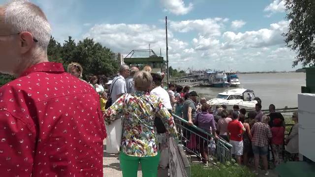 Galaţi, portul la Dunăre unde se mai fac croaziere pe fluviu doar o zi PE AN