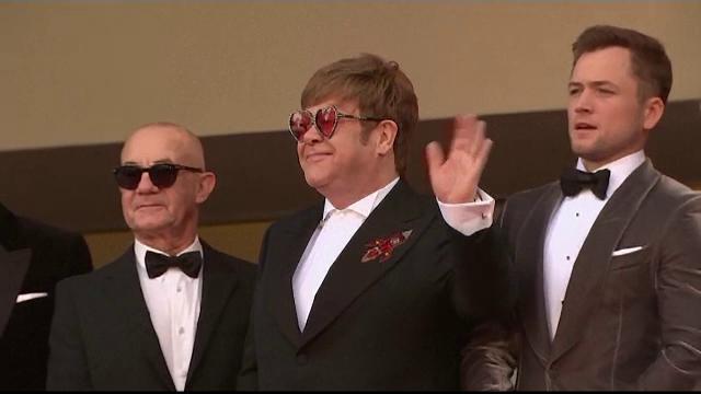 Elton John, scrisoare pentru Vladimir Putin. Motivul pentru care artistul s-a înfuriat