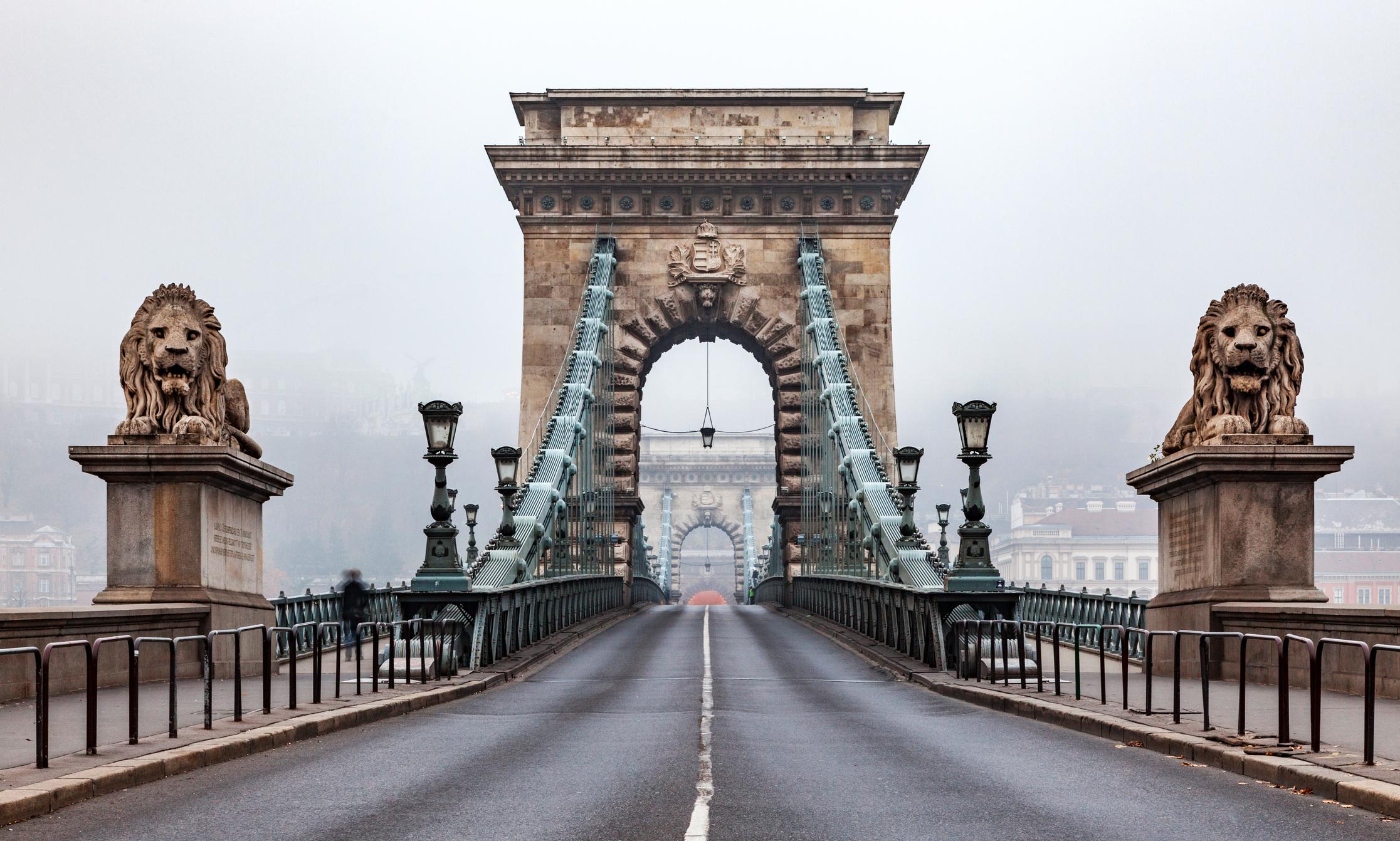 Record de decese asociate Covid-19 în Ungaria, în ziua în care s-a decis relaxarea restricțiilor