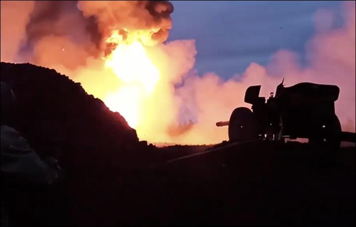 Cum au stins rușii un incendiu cu salve de tun anti-tanc. VIDEO spectaculos