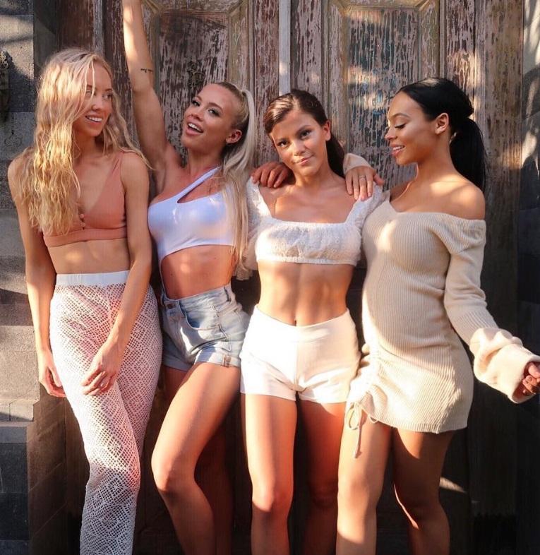 Acestea sunt considerate cele mai sexy surori din lume. Australiencele care fac furori pe rețelele de socializare