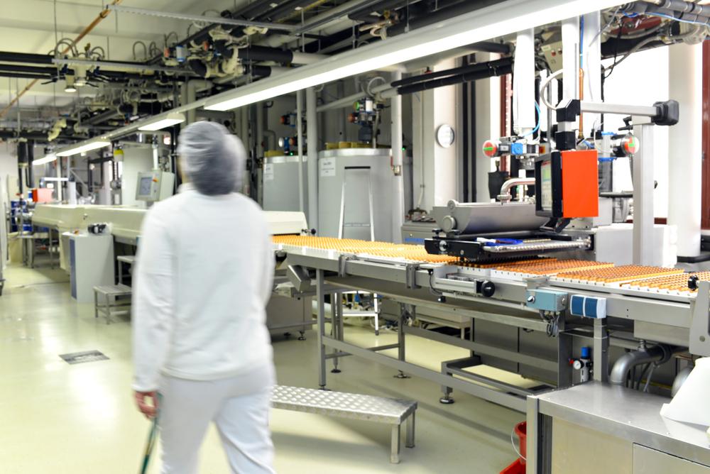 Focar de coronavirus la fabrica de ciocolată Kandia: 20 de angajați sunt pozitivi. Ce spune compania