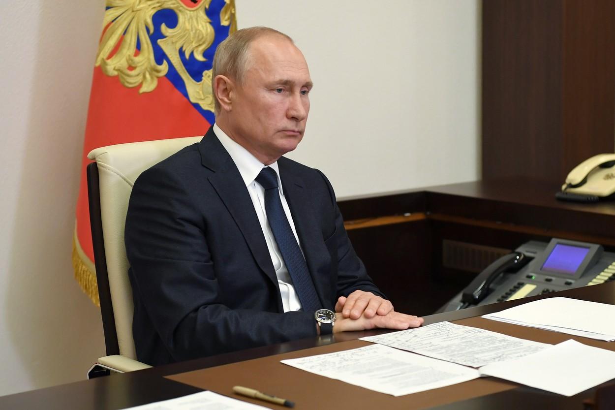 """Referendum de o săptămână pentru alegerea lui Vladimir Putin """"președinte pe viață"""""""